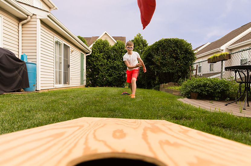 How To Throw A Cornhole Bag