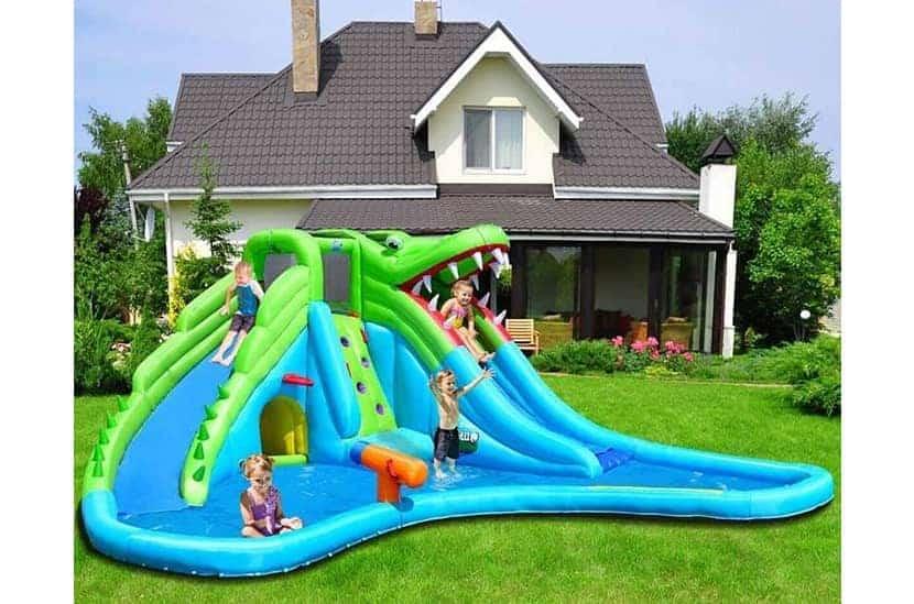 Bestoutdor Crocodile Inflatable Water Park